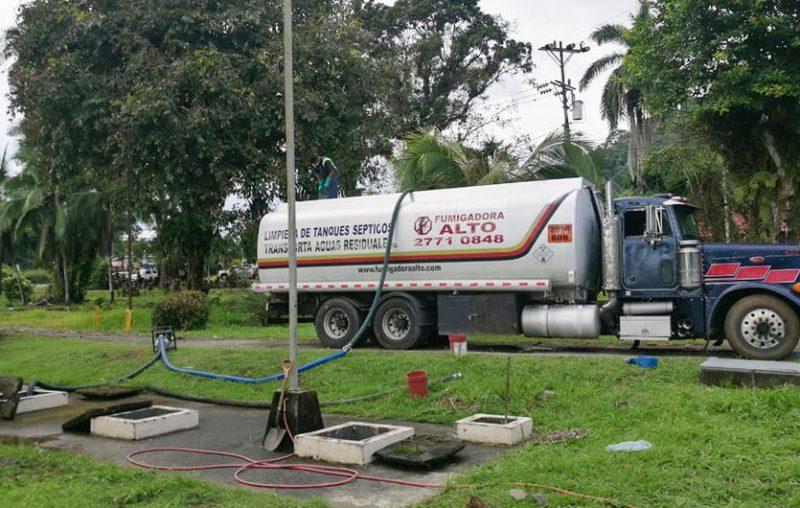 Limpieza de tanques sépticos en Jacó