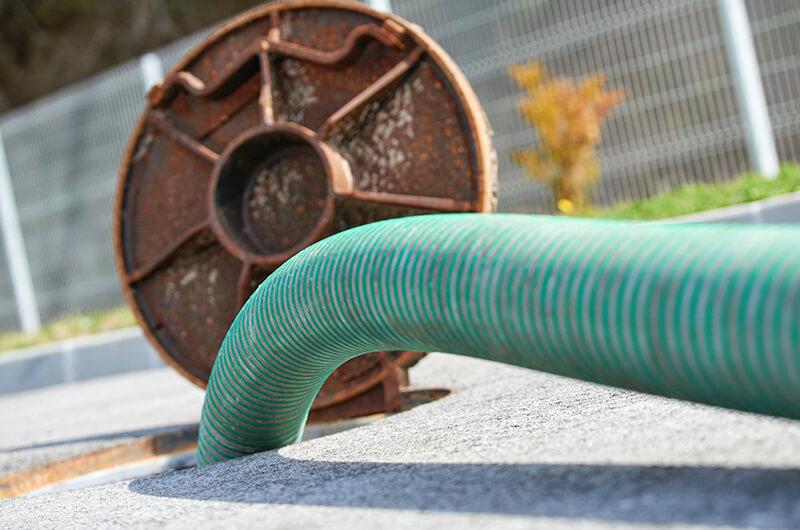 Adecuado funcionamiento en las tuberías sanitarias y tanque séptico